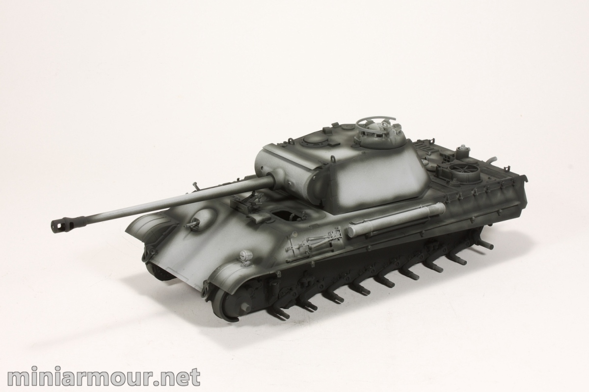 Panther G – part 2: Primer and preshading – MiniArmour